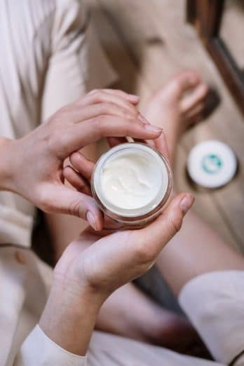 Side-Effects-Of-Hair-Removal-Creams-You-Must-Know-About
